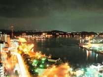 【横須賀港の夜景】煌びやかな光り輝く夜景をお楽しみください。