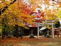 花月楼の隣の温泉神社