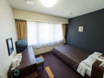 【セミダブルルーム】ベッド205cm×120cm