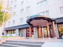 【ホテル新大阪の玄関口】