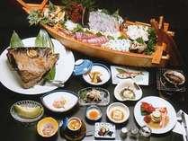 *旬の海の幸を使った荒磯料理。ぜひご賞味下さい(一例)