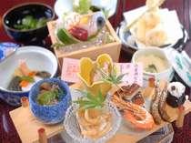 前菜の「宍道湖七珍」。松江でのみ出会える味が一堂に。