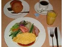 朝食【洋食】です。※和食か洋食かの選択制です。