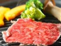 【プレミアムプラン】●元就牛陶板焼き付き和洋会席1泊2食!●お料理も旅の楽しみ♪ブランド牛を贅沢に♪