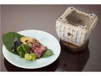 ■炭火焼(牛肉・旬の新鮮な野菜etc)