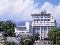 美人の湯と自慢の料理でおもてなし ホテル白菊 (大分県)