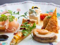 欧風創作料理:フルコース「麓コース」が楽しめる<一泊2食付>プラン