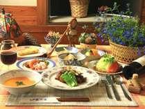 スタンダード ボリューム満点和洋折衷料理