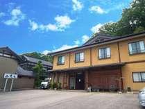 キトキトな氷見の幸とどぶろくが楽しめる岩風呂民宿 小境荘 (富山県)