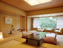 ・【華風館客室】江戸間の12.5畳~広々パウダールーム・内風呂付