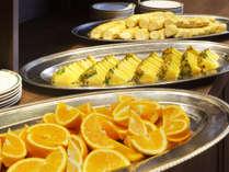 ツアービッフェ:朝食一例