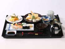 『おすすめ御膳セット』4種よりお選び頂けます。▲写真はにぎり寿司・天ぷらセット