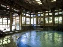 日本の浴場ベスト10に選ばれた本館【桃山風呂】が利用できます。