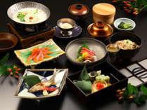【華会席】メインの選べるご夕食 信州サーモン豆乳鍋をお選びいただいた場合のイメージ