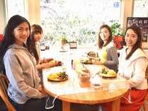 女性に人気の朝食ハワイアンパンケーキ