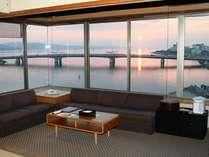 特別室から望む宍道湖の風景