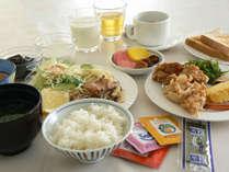 ●地元の食材を!●  ボリューム満点手作りバイキングをたくさん召し上がって下さい(^_^)/