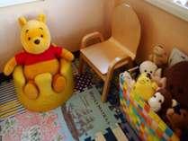 【パパ・ママも安心】お子様連れ大歓迎!豊富なおもちゃが用意されたキッズスペースで遊んじゃおう!