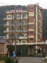 HOTEL鶴川内外観