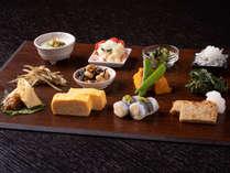 *【ご朝食】地元産の季節野菜が中心の体に優しい和定食です