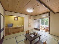 スタンダード和室:当館の標準的なお部屋、人数によって8畳から12畳のお部屋をご準備いたします。