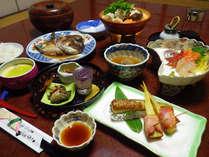 *夕食一例/地元の美味しいものがたくさん♪ひと手間かかった郷土料理。