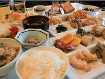 ☆朝食バイキングをリニューアル郷土料理も充実☆