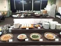 朝食バイキングのお料理和洋約40種類のメニューをご用意しております。