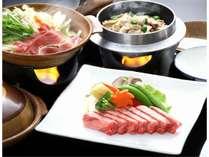 黒毛和牛の陶板焼き。肉汁たっぷりの黒毛和牛を陶板焼きでお召し上がり頂きます。