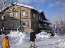 【2食付】ウインターシーズン到来★ゲレンデ目の前!スキー&温泉を満喫