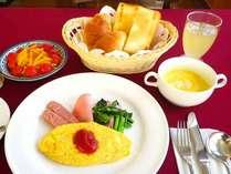 *朝食メニューの一例「洋食」。洋食の時にはコーヒーサービスもございます。