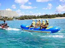 ◇まるで海上ロデオのドラゴンボートは縦に横に揺れて大絶叫