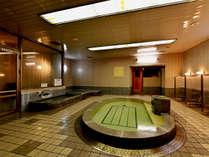 上諏訪温泉かけ流しの大浴場(15:00~24:00、5:00~9:30)