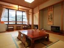 和室10畳(トイレ付)純和室で趣きもしっかり。
