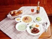 フランス料理の夕食