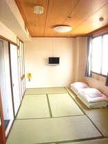 和室20畳最大9人まで宿泊可能で3世代旅行やグループに人気♪