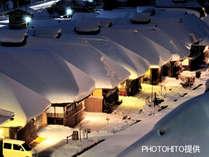 【夜の大内宿をぶらり散歩】必見!情緒あふれる日本の冬景色★大内宿ナイトツアー付きプラン