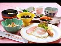 朝食は、ご飯おかわりし放題!元気もりもりで旅の続きをどうぞ!