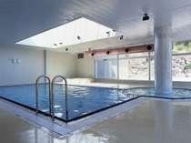 今年の屋内プールの営業は7/20〜8/20までとなります。