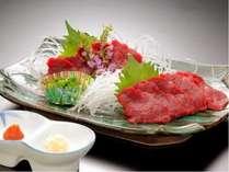 ★土曜・特定日★馬刺しといえば≪西の熊本・東の会津≫相性バツグンの辛子味噌と一緒に食べよう!