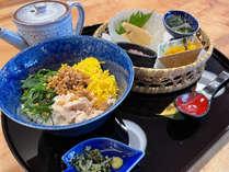 こだわりの朝食は和食屋で食べるあの味<本格だし茶漬け>