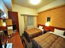 ~ツインルーム~13.5平米 室内は落ち着いた創りとなっております♪お子様の添い寝もOK。