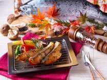 9月1日~11月30日の期間限定で『静岡ブランドますを食べ比べ!-あたみ鱒と富士鱒- 秋の味覚祭り』
