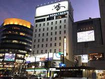 ホテルアベスト長野駅前 外観写真(夜景)