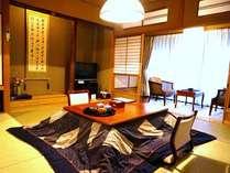 【湯山亭】客室一例和室が2間あり、ゆったりと寛げます。