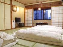*【和室トイレ付一例】ゆったりお寛ぎいただける和室タイプのお部屋。