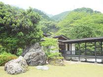 日本庭園を眺め優雅なひと時を♪ 素泊まりプラン