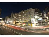 松本駅お城口から徒歩1分♪いちばん左の信号を渡り、目の前の建物です(角には宝くじ売場)。
