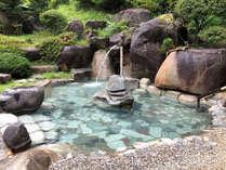 *【女性露天風呂】庭園露天風呂で、心も体もリラックス。
