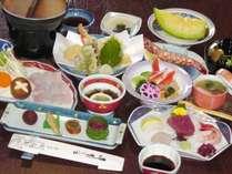 【夕食一例】新鮮なお造りと一人鍋が付いた会席料理